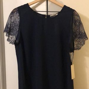 Xl 41 Hawthorn Navy blouse with lace sleeves